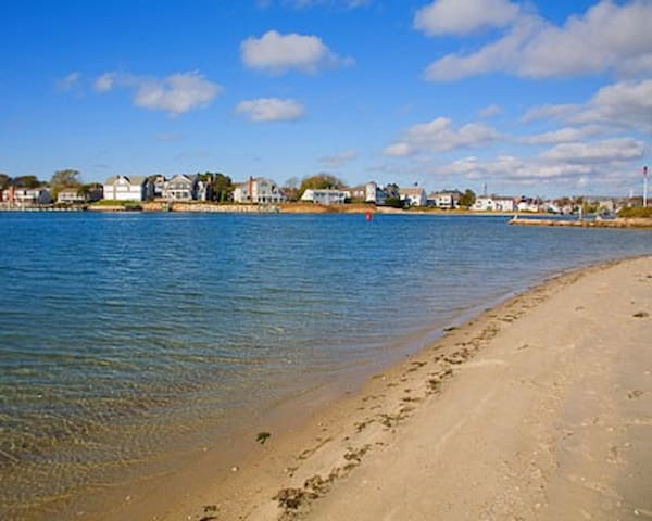 BEACH Apartment - Hyannis, Cape Cod - Barnstable