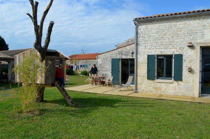 Little house near the beach - Saint-Pierre-d'Oléron