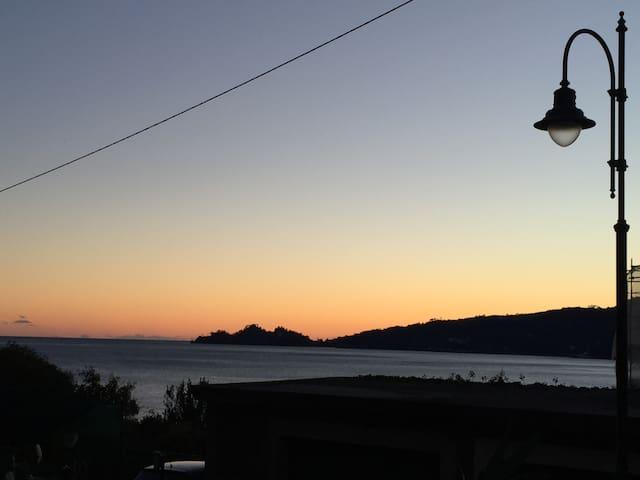 Relax e comodità sul lago di Lugano - Porto Ceresio - Apartamento