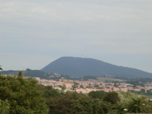 Villetta in campagna - Ancona - Huis