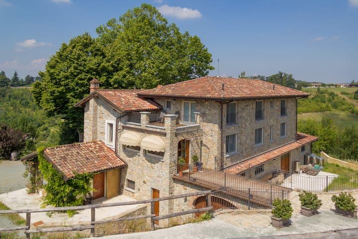 Agriturismo Wine&Relax - Camera con Terrazzo - Acqui Terme