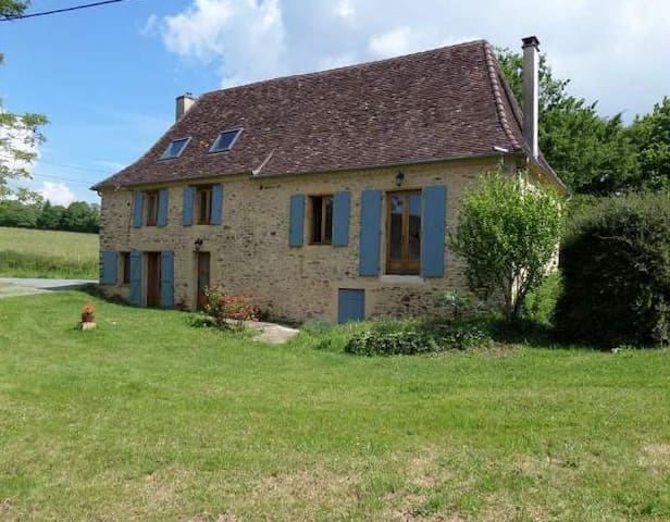 Charmante maison perigourdine à la campagne - Sarlande - Casa