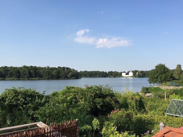 Hus med udsigt til Gråsten slot(sø) - Gråsten - Casa