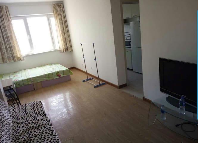大黑山下宝林里一室一厅46平出租 - Dalian - Huis