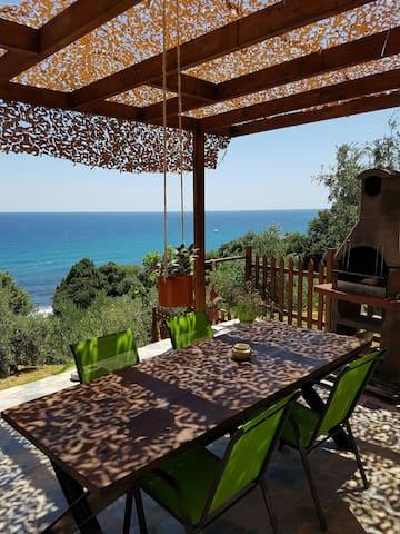 romantic house next to  the sea - Chorefto - Maison
