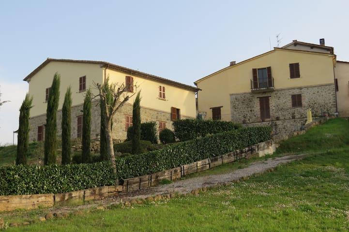 """Apartment """"Sopra"""", Borgo Catolli, Northern Umbria - Umbertide"""