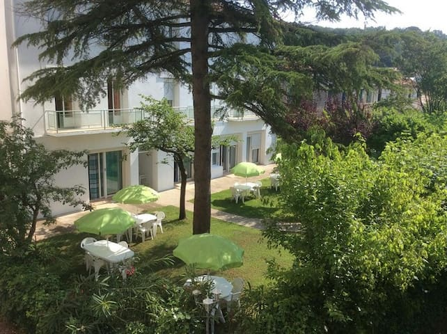 disabled access guarded residence apartment - Lamalou-les-Bains - Appartement