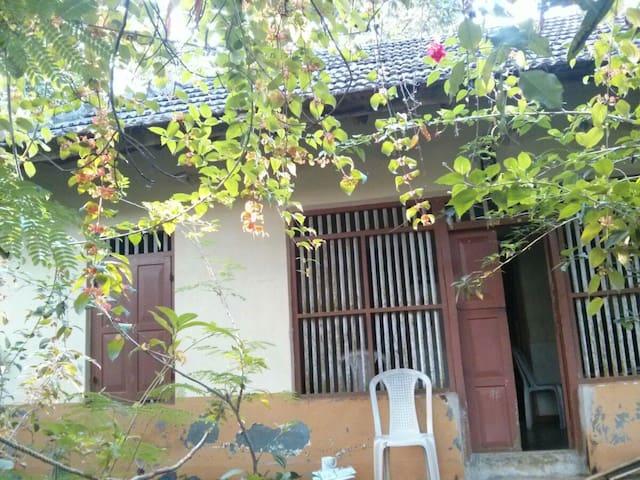 Kerala Nature House Homestay Inn - Koodal - Dom