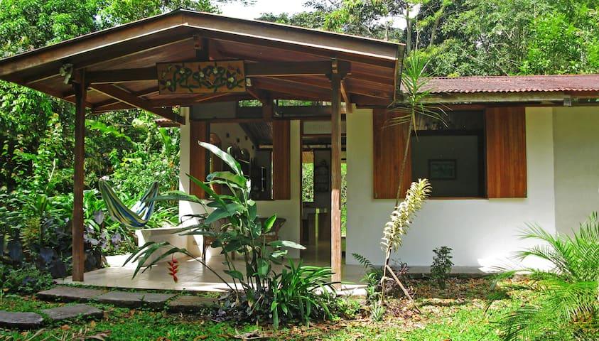 Beautiful Guest House La Guaria at Finca Isla - Aguas Zarcas