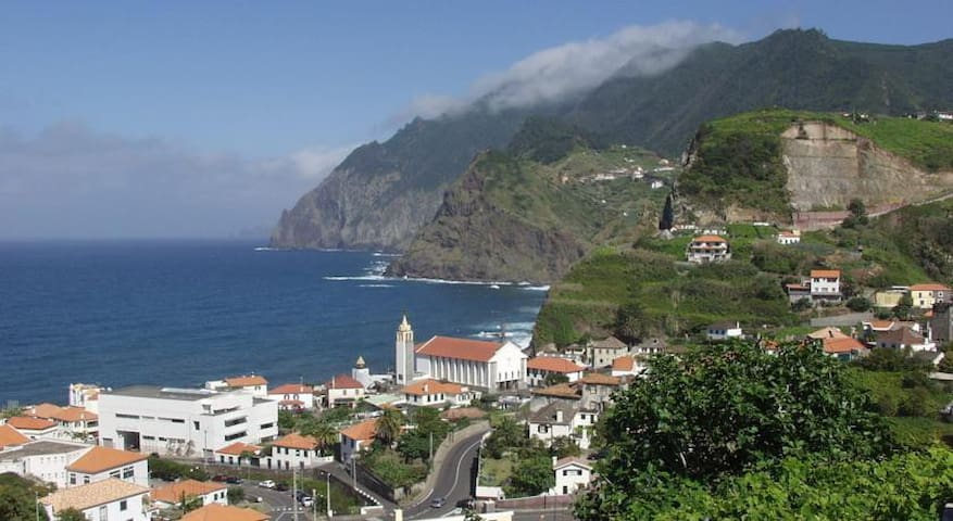 Moradia Penha d' Águia - Porto da Cruz - Maison
