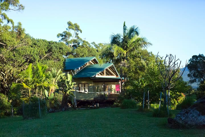 Maiala Eco Retreat - a quiet place in Paradise - Mount Burrell - Hus