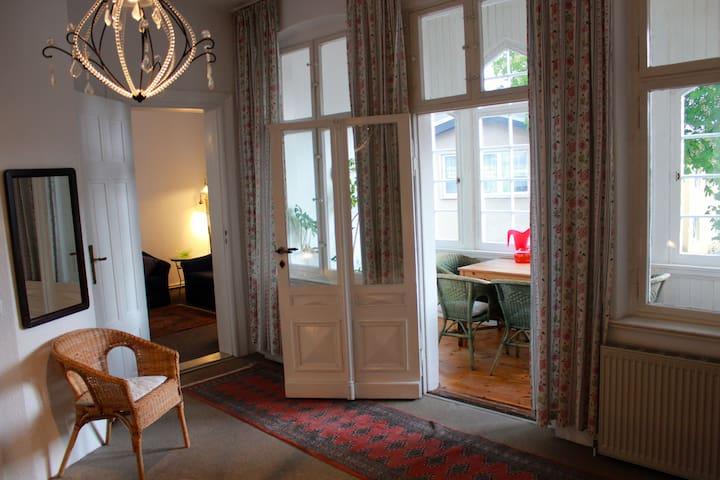Helle & gemütliche Ferienwohnung - Ahlbeck