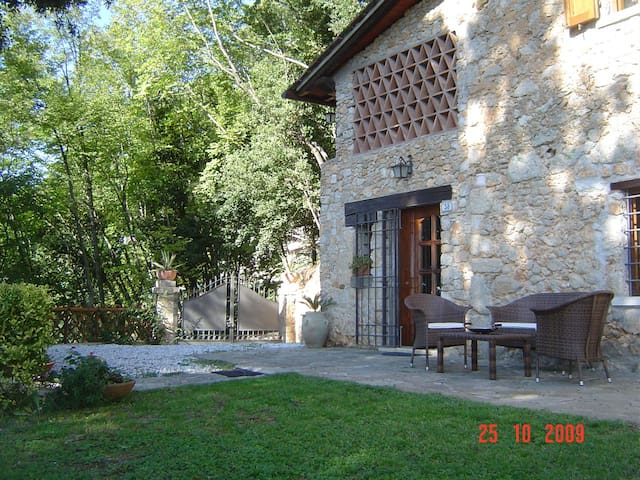 Cozy country house with see view, Versilia - Pietrasanta - Apartemen