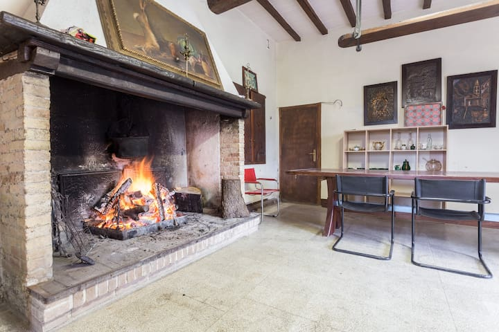 Ancient rustic farmhouse with pool - Spoleto - Hus