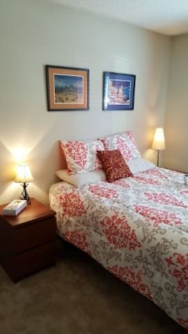 Cozy, quiet home near Orlando, UCF and  Siemens. - Oviedo - Appartement