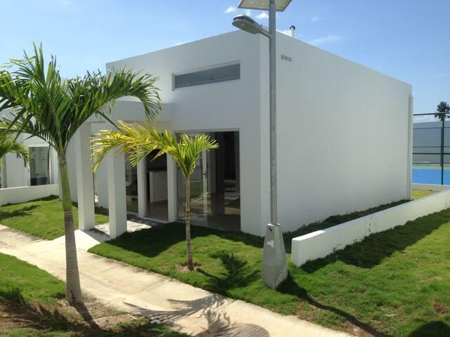 Comfortable Beach Villa in Ibiza Residences 2 - Río Hato - Villa