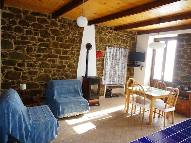 Appartamento con viste panoramiche - Bajardo - Appartement