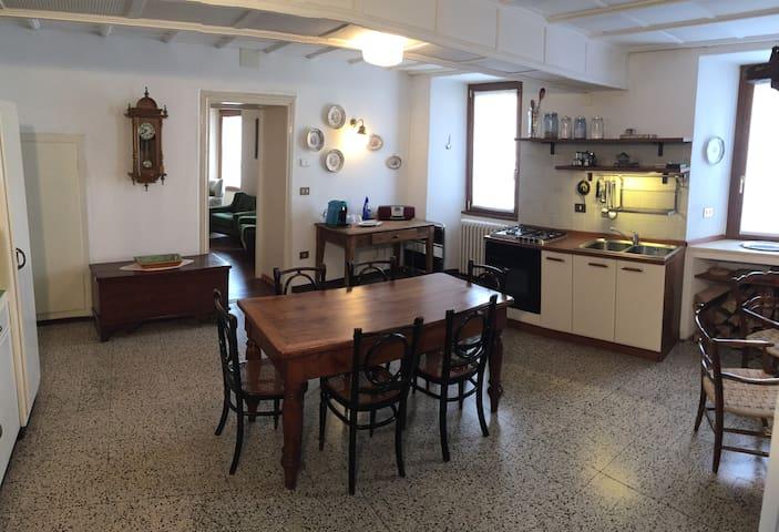 Gaddi House - Indipendent house from '800 - San Fedele Intelvi, Lombardia, IT - Ev