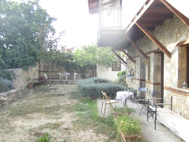 Rustik country house near Thessaloniki - Peristera - Villa