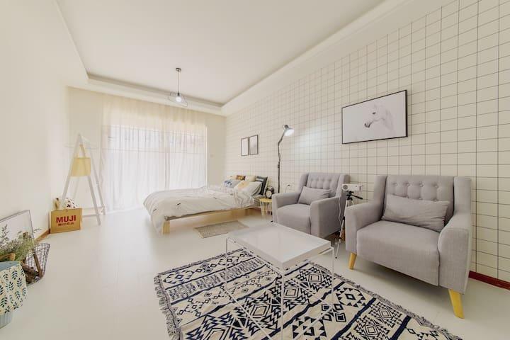 家庭影院 近理工大师大云大翠湖北欧公寓 - Kunming - Leilighet