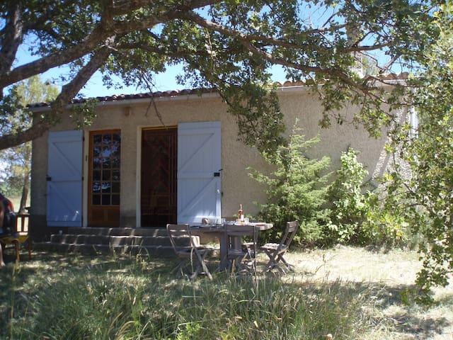 Maison de campagne en Provence - Caseneuve - Villa