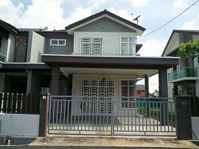GUEST HOUSE DE LENTE - Kangar - Dom