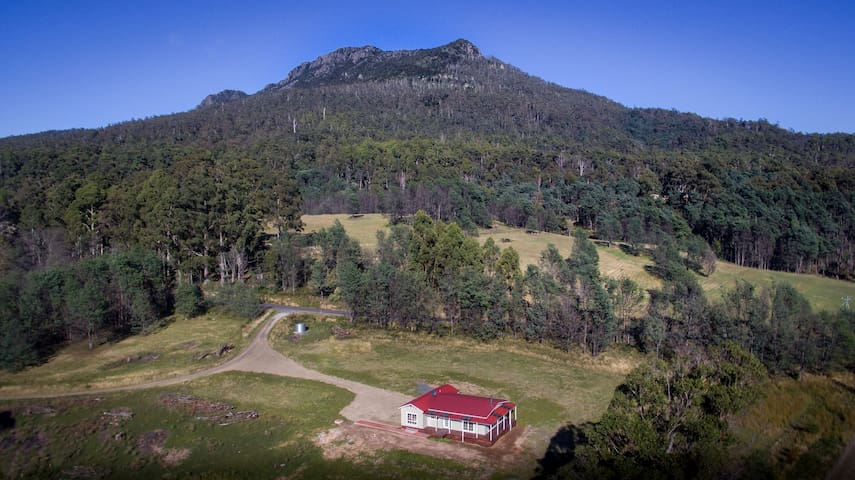 Mountain Blue Guest Accommodation - Golden Valley - Rumah