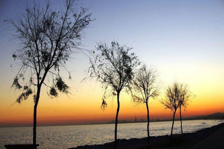 disfruta de los atardeceres en la playa - El Masnou - Departamento