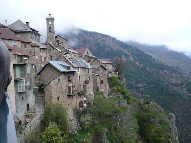 Maison de village - Roubion - Casa