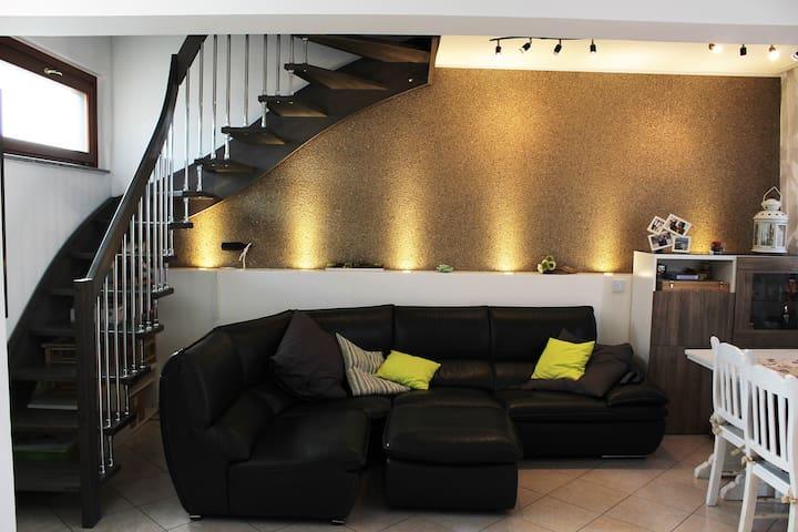 Appartamento da 160mq in centro - Brembio - Daire