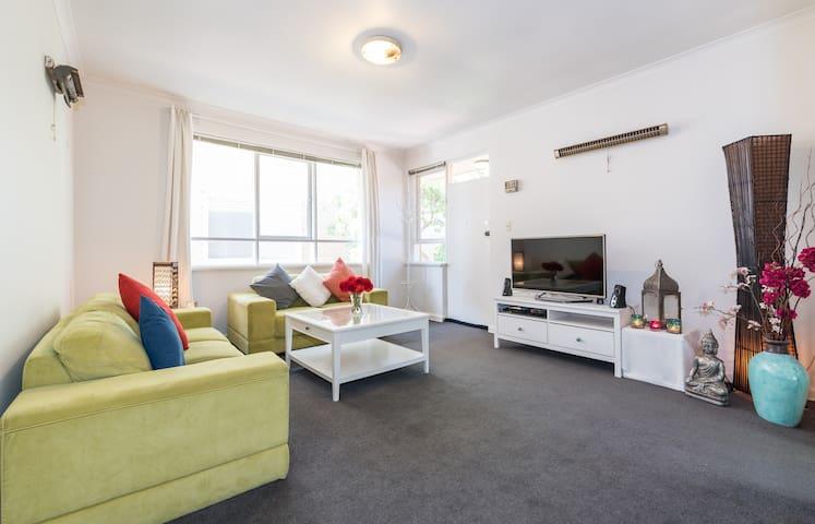 Charming Apartment in East St Kilda - East st kilda  - Квартира