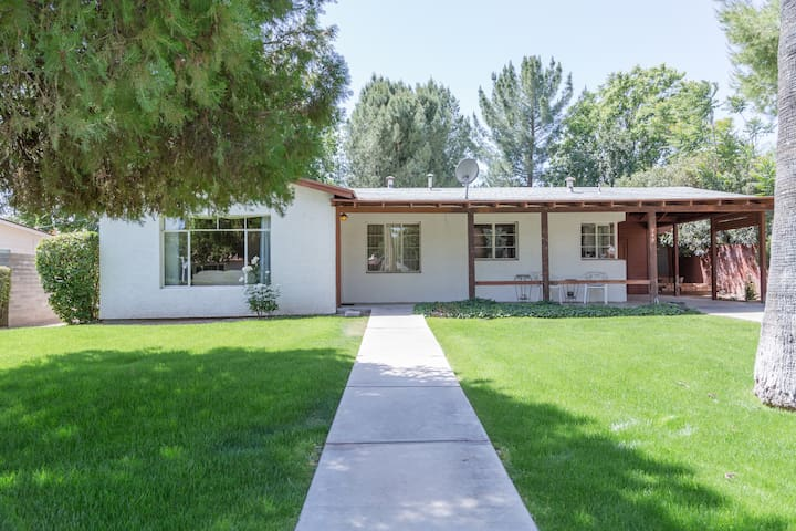 1950's Ranch centrally located - Wickenburg