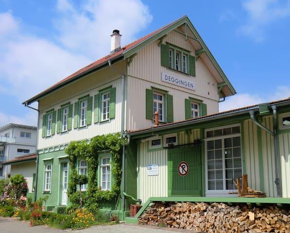 Bahnhof Deggingen - kleine Ferienwohnung - ruhig! - Deggingen - Apartamento