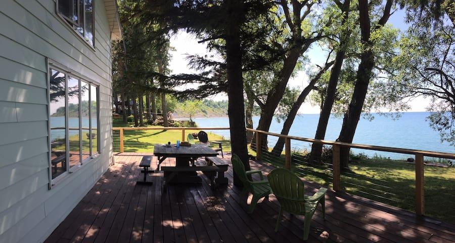 Beautiful Lake House - Oswego - Ev