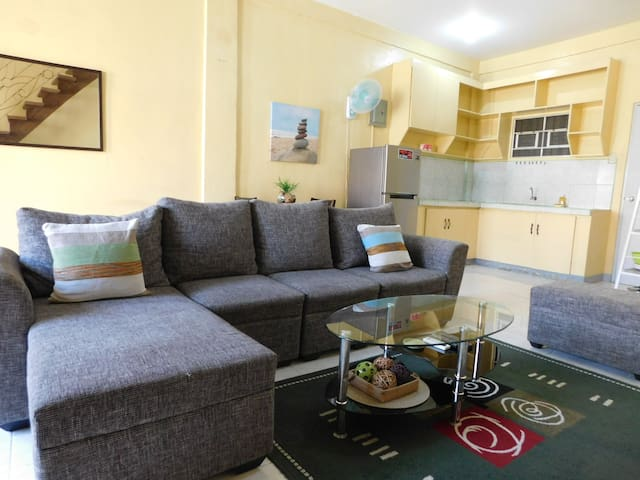 BEST VALUE 5 [Huge Living & Kitchen] Angeles Apart - Angeles - Huoneisto
