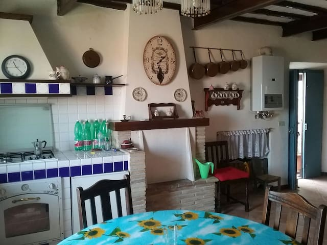 Ancient house in Giove Old Town - Giove - Departamento