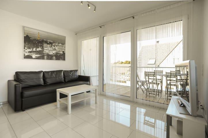 Design Apartment / Ferienwohnung Metzingen - Metzingen - Leilighet