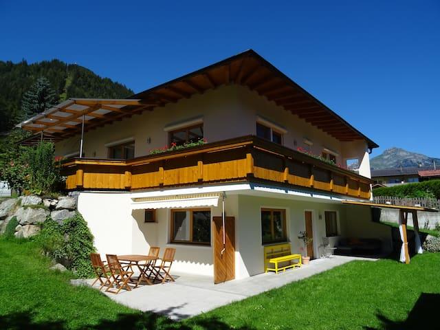 Ferienwohnung Martina - Schlitters - Appartement