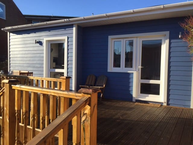 Seaside style cabin in central Cowes - Cowes - Kulübe