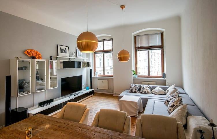 Spacious apartment in beautiful Schöneberg - Berlin - Apartemen