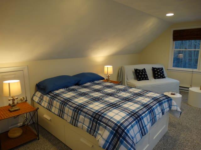 Spacious room next to Nashoba Valley Ski Area - Westford - Maison