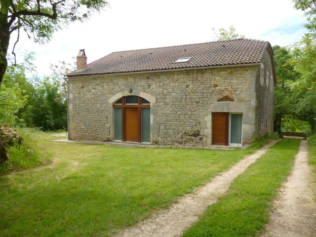 Grange en pierre à Floressas - Puy-l'Évêque - Casa