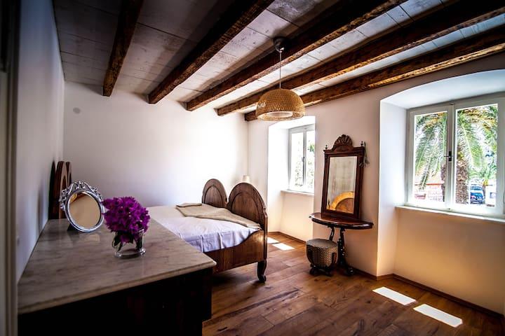 Villa Milna Apartments 2 - Milna
