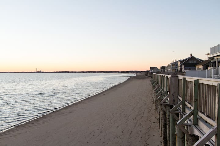 New waterfront condo close to Ptown - Truro