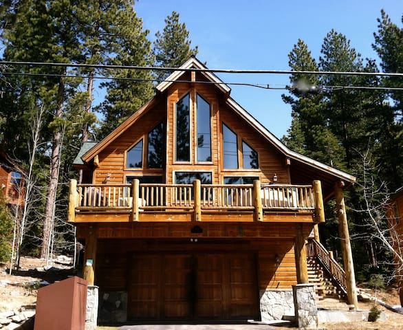 Stunning Lake View Chalet.  Hot Tub, 3BR, 3BA - Kings Beach