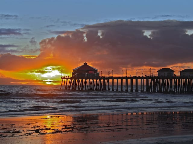 BUNGALOW SUITE! STEPS TO BEACH!! - Huntington Beach - Bungalow
