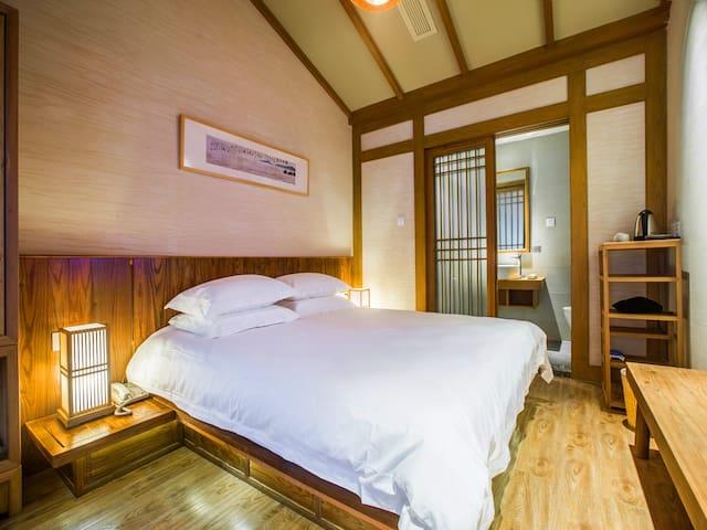 鼓楼旁宋式客栈的那一张大床——吴山居 - Hangzhou - Inap sarapan