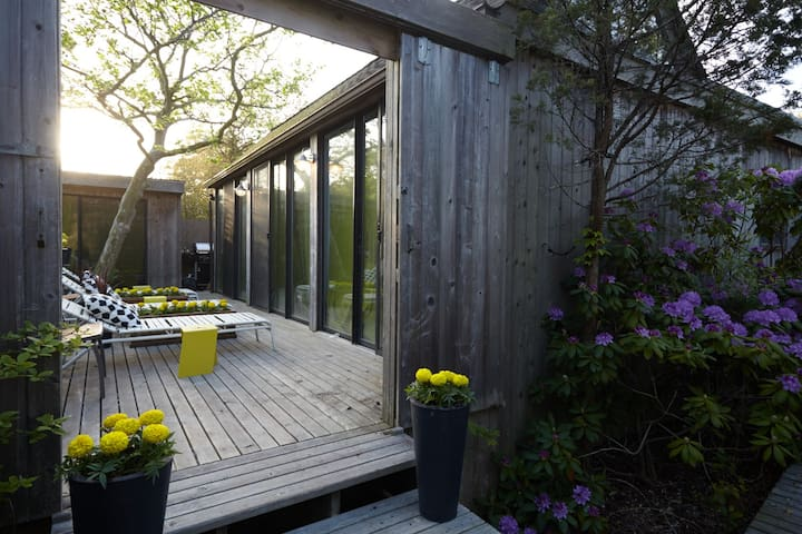 Modernist 5 / private bath - Fire Island Pines - Bed & Breakfast
