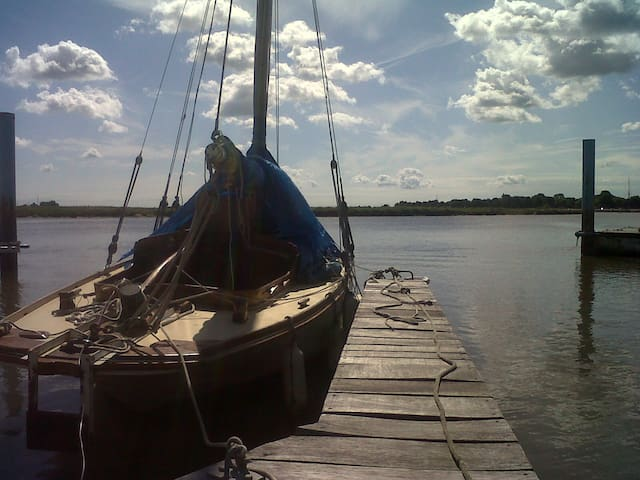 Classic Wooden Boat - Tolleshunt D'Arcy - Boot
