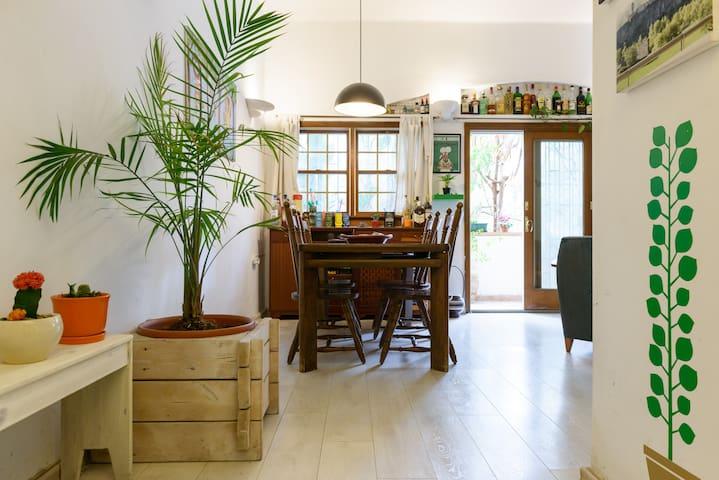 Best location. Quiet & sunny - Tel Aviv-Yafo - Lägenhet